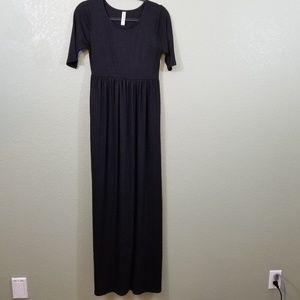 NWOT Zenana Outfitters Black Maxi Dress
